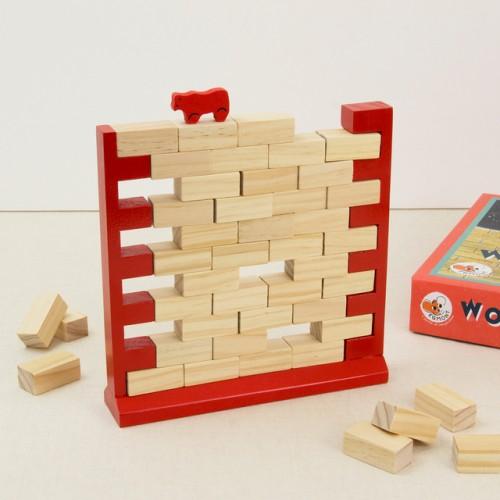 Drewniana gra zręcznościowa...
