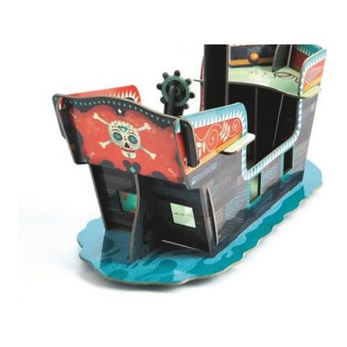 Statek piracki  z kartonu...