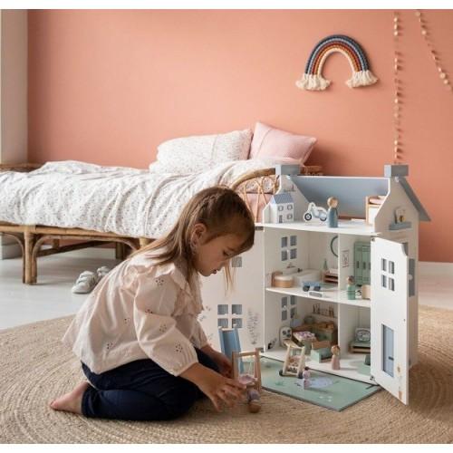 Drewniany domek dla lalek z...