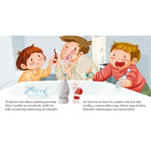 Tosia i Julek myją zęby...